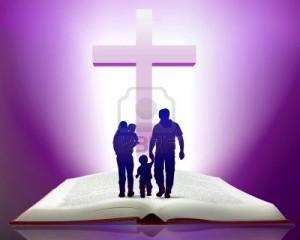 5932842-illustrazione-della-bibbia-aperta-con-la-famiglia-a-piedi-verso-la-croce