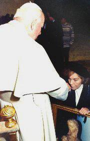 Maria Esperanza dal papa