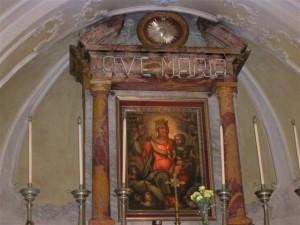 Inside-Santa-Maria-Greca1
