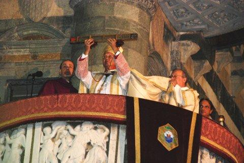 sacra cintola -Ostensione