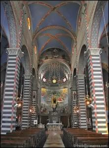 1 interno del santuario della Madonna della Quercia di Bettola