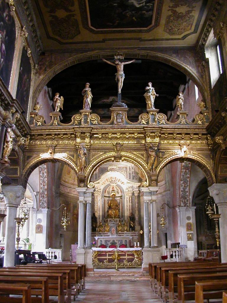 Venezia_-_Chiesa_di_S.Nicolò_dei_Mendicoli_-_interno