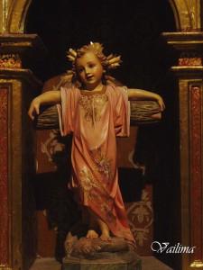 Gesù bambino e croce