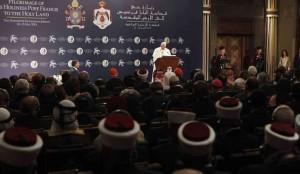 Papa Francesco nel palazzo reale di Amman