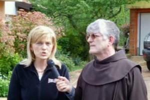 padre Peter e Mirjana
