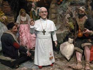 Napoli-Papa-Francesco-diventa-statuetta-da-Presepe