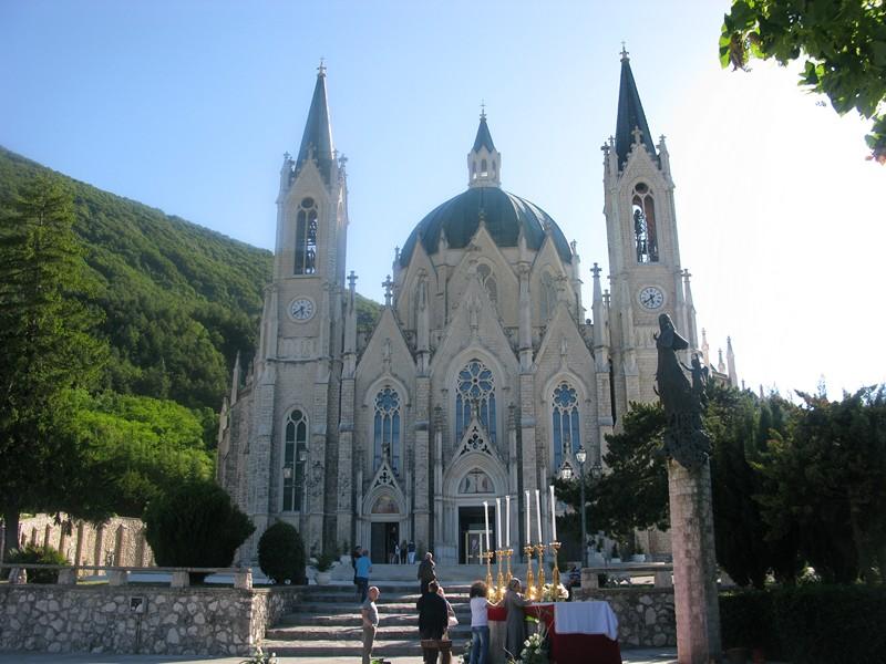 santuario castelpetroso