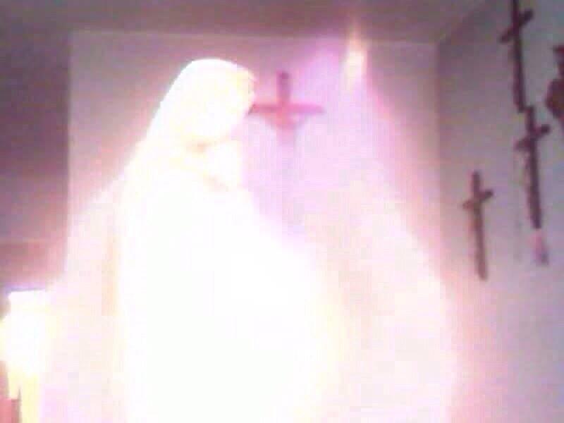 radio maria equador.chiesa della salute Santo bambino in Monterrey il giorno giovedì 12 febbraio, durante l'adorazione al Santissimo Sacramento..1