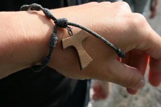 braccialetto con croce