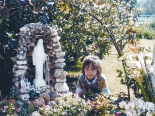 Civitavecchia-Jessica-alla-grotta1