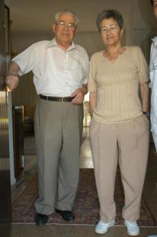 Moshe Bejski con la moglie Erika