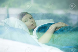 giovane malata di cancro