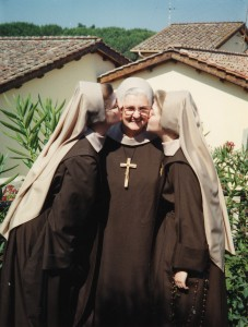 MADRE ANGELICA10