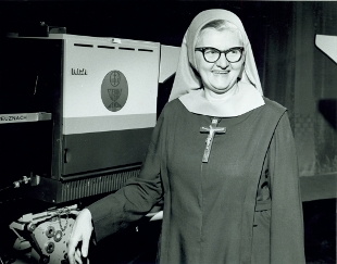 MADRE ANGELICA6