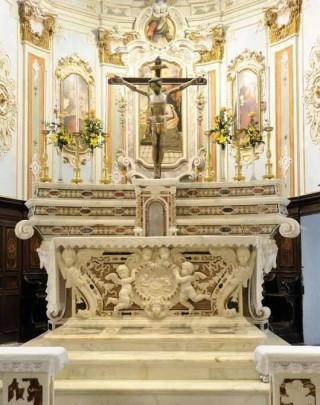 altare-chiesa-san-bartolomeo-al-mare-90369
