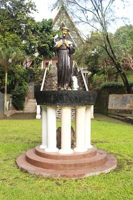 Gua Maria Sumber Kahuripan1