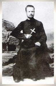 Padre Adolphe Roulland2