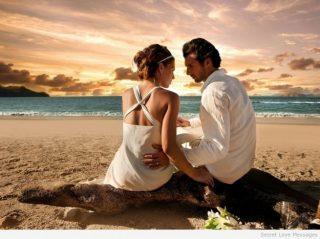 innamorati-in-riva-al-mare